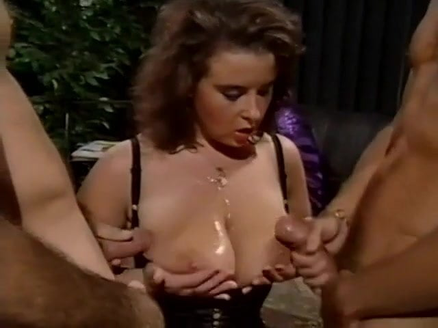 squirting lesbian sex animation