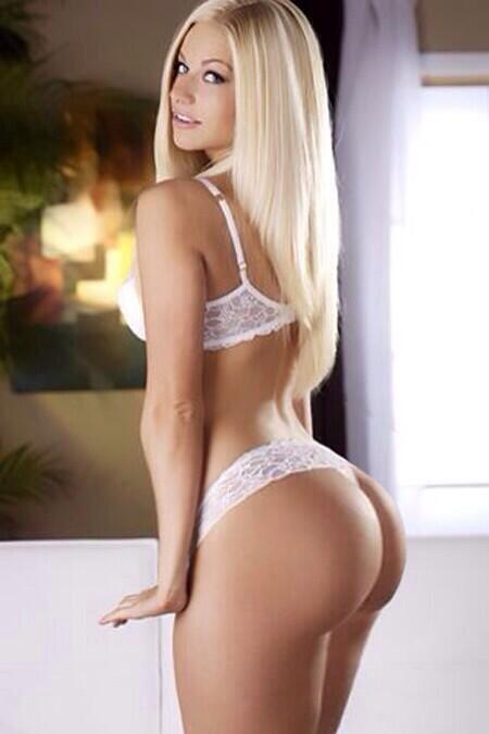 Blondes in the ass