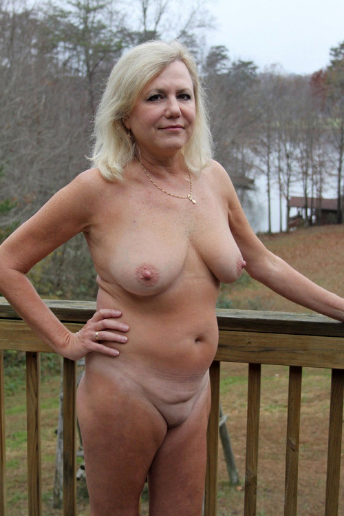 Milf nude images